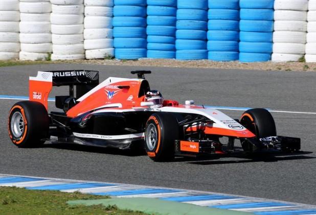 Marussia MR03 - na torze