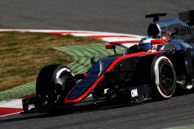 Fernando Alonso McLaren MP4-30 Barcelona Testy 2015
