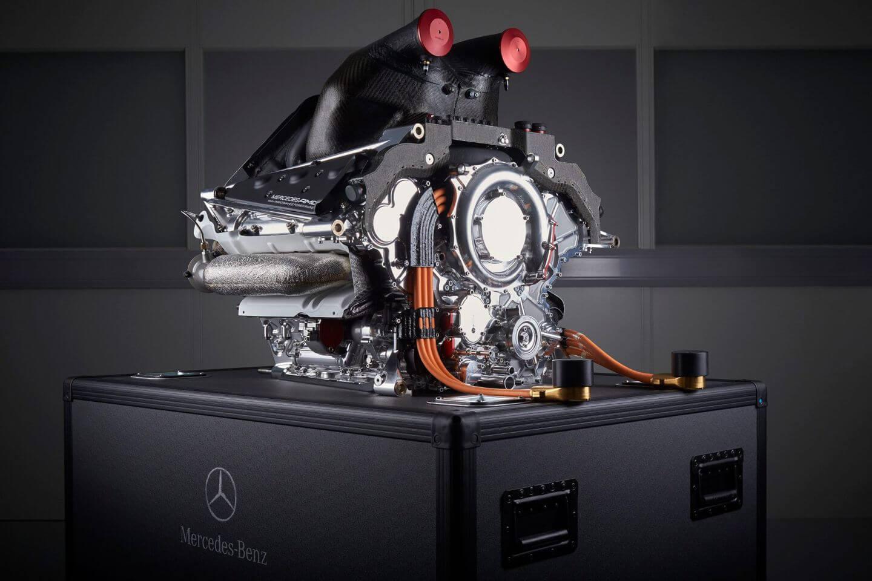 Mercedes-Benz PU106B Hybrid-Silnik-V6-Turbo