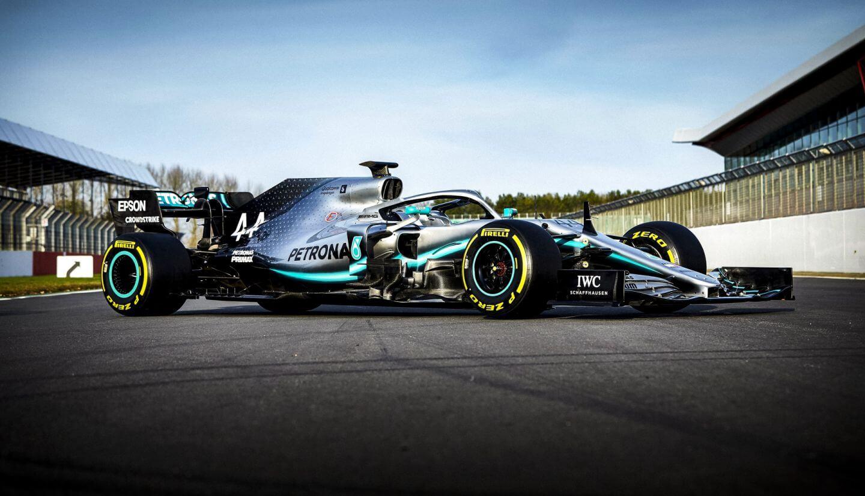 2019-Mercedes-W10-dzie%C5%84-filmowy-04.jpg