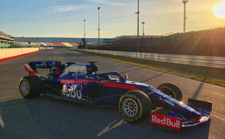 2019-Toro-Rosso-STR14-Misano-dzie%C5%84-filmowy.jpg